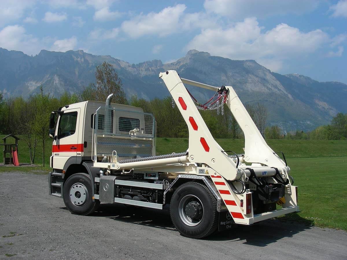 Teleskop-Absetzkipper GIGANT 16T Comfort – Mercedes Benz