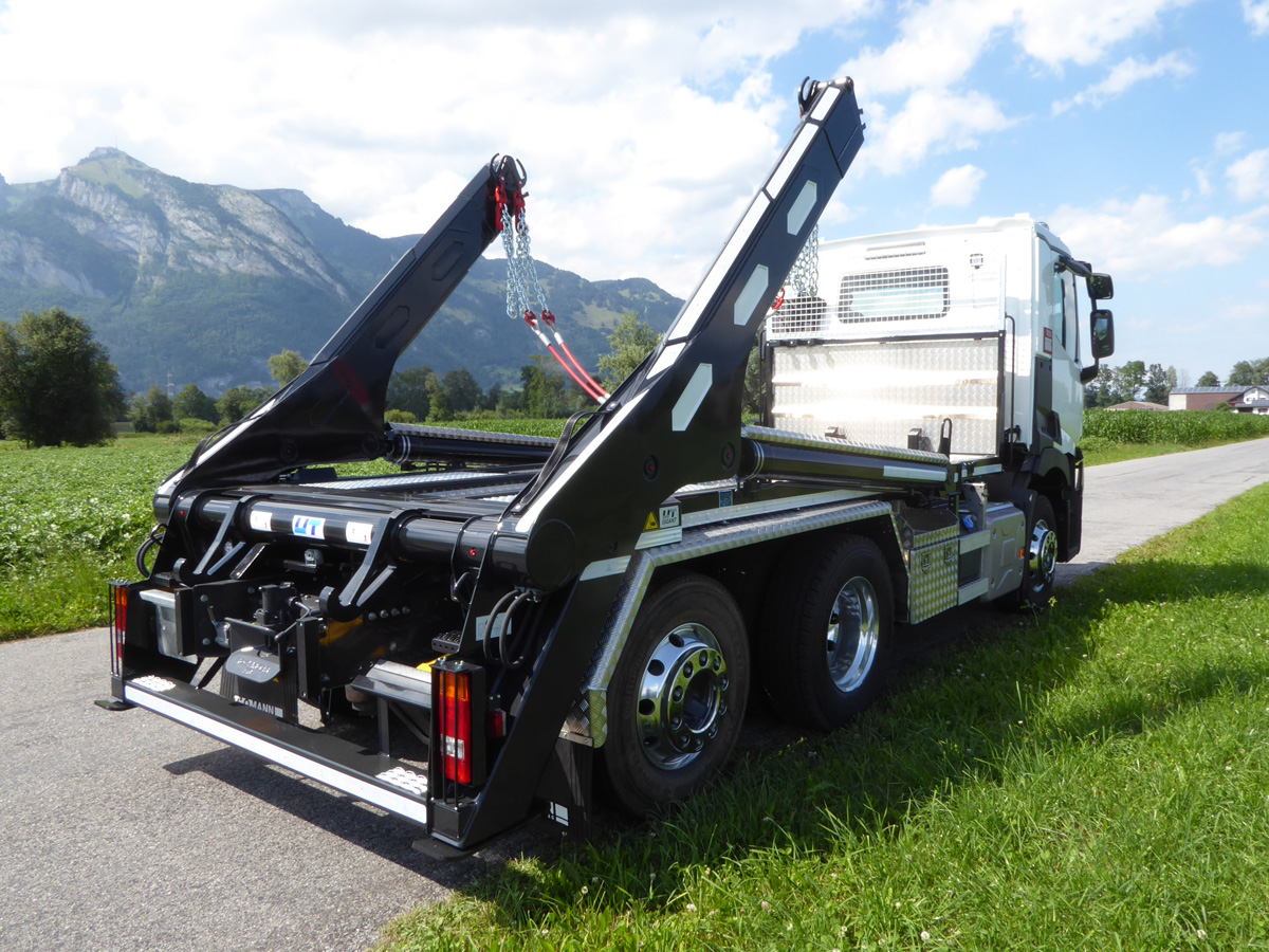 Teleskop-Absetzkipper GIGANT 26T Comfort - Renault