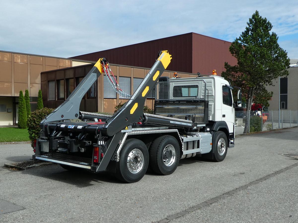 Teleskop-Absetzkipper GIGANT 26T Comfort - Volvo