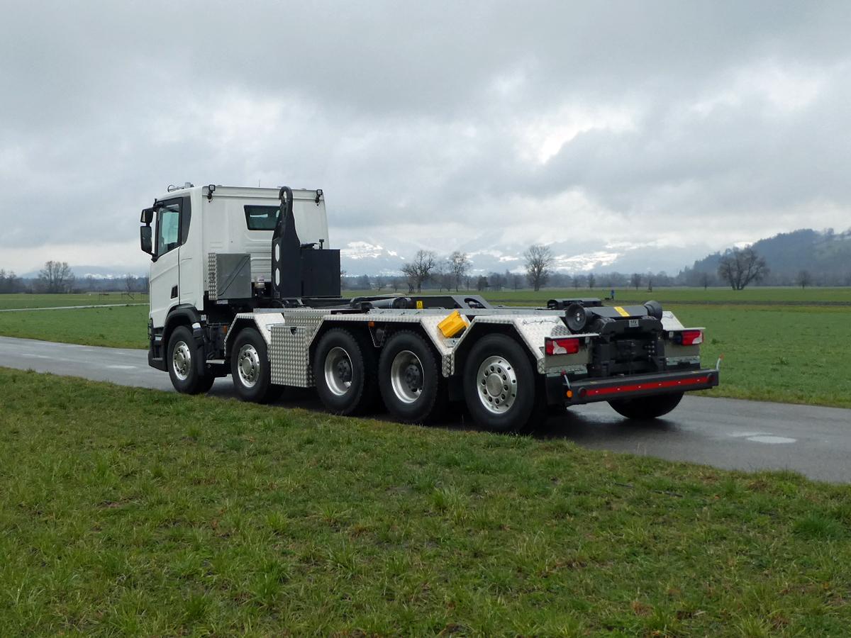 Haken-Abrollkipper SAURIER 5-Achser 32TR80 Varitec - Scania